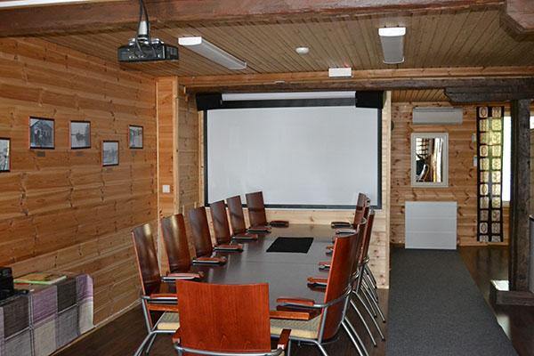 oleskelutila-tervahovi-tukkijätkä-saunakabinetti-kokoustila